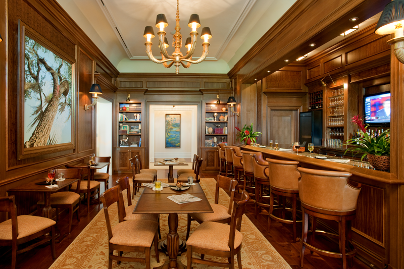 Golf Restaurant Decor : Covering luxury celebrities and estate homes on the west