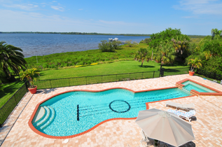 Covering Luxury Celebrities And Estate Homes On The West Coast Of Florida