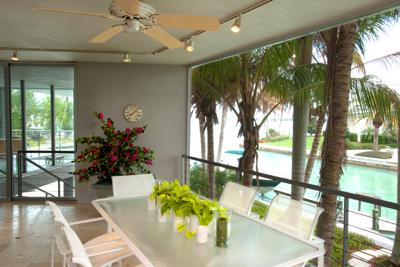 dolphin-house-porch