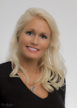 Luxury Realtor Mariah Morris of Yorkshire International Real Estate